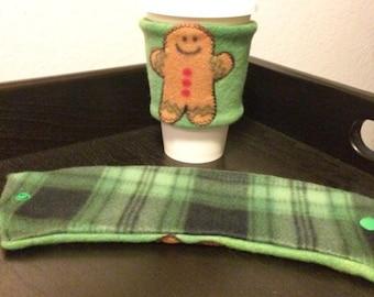 Gingerbread Man Green Reversible Cup Sleeve/ Reversible Coffee Cup Sleeve/ Reversible Cup Cozy/ Coffee Jacket/ Drink Sleeve/ To Go Sleeve