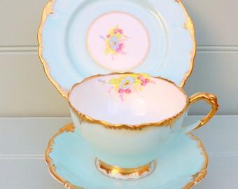 Vintage China Tea set - Paragon Trio c1932