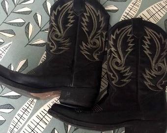 Vintage Black Cowboy Boots!