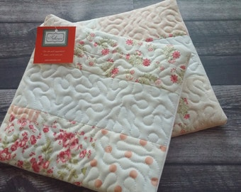 Quilted Hot Pads - Set of 2!  Farmhouse chic style, Farmhouse decor, trivet, hot pad, fabric trivet, shabby chic, kitchen decor ideas
