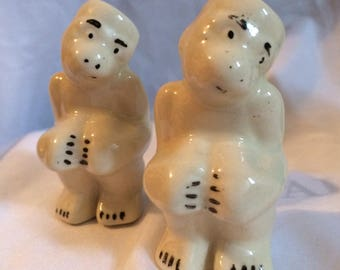 Simple 1940's Monkey Salt and Pepper Shakers