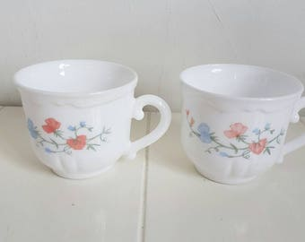 Vintage Arcopal France's cups. Milk glass set of 2. With image flowers.  In very good condition.