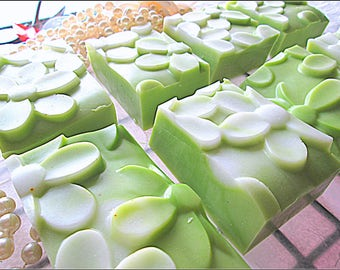 Gardenia Scented Shampoo Bars~Highly Scented Solid Shampoo Bars~Floral Shampoo~Green Shampoo Bars~Long Lasting Women's Shampoo Bars