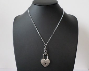 Stainless Steel Heart Padlock Necklace - Discreet Heart Lock Day Necklace - Subtle Day Jewellery