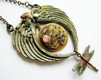 Steampunk Winged Heart Antique Watch Movement Pendant Necklace, Steampunk Watch Pendant, Winged Heart, Steampunk Necklace PN64