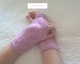 """Mittens wool and acrylic woman size unique pink color """"Dancer"""""""