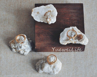 Rough Agate Geode Cluster, Druzy Raw Agate Stone, Protection Crystal Gemstone, Unique Ring Display