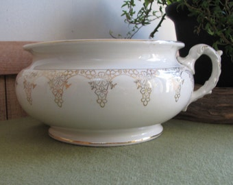 Chamber Pot White and Gold Porcelain Lotus Ware Antique Commode Florist Ware Farmhouse Home Décor Gold and White Ceramic Pot Victorian