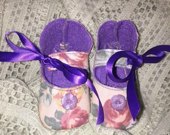 Adorable baby girl rose print cotton & felt Mary Jane booties shoes