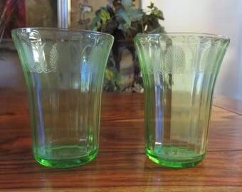 Beautiful Pair Of Vintage Green Uraniam Glass Beverage Glasses