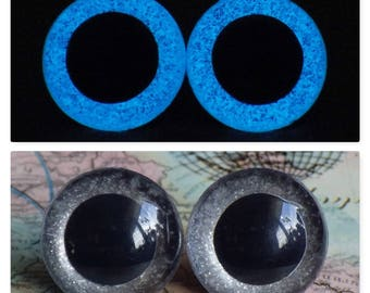 20mm Glow In The Dark Safety Eyes, Smoky Silver Glitter Safety Eyes With Blue Glow, 1 Pair Of Plastic Safety Eyes