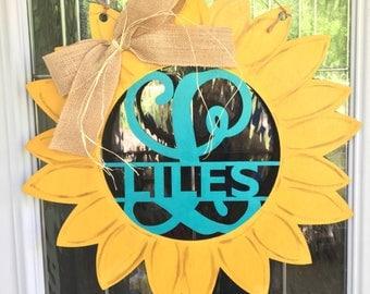 Sunflower door hanger, sunflower door decor, summer door hanger, fall door hanger, sunflower decor, sunflower monogram door hanger, monogram