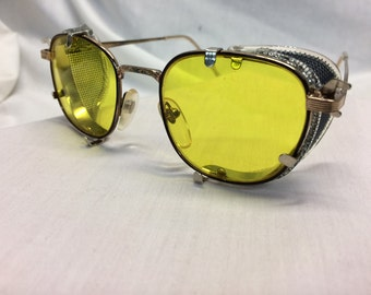 GHOSTBUSTERS METAL Glasses Dr. Holtzmann Inspired Yellow Lens / American Optical Side Shields