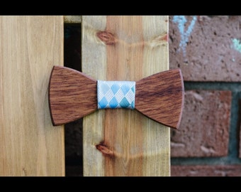 Mohagany Wood Bow Tie (light blue plaid)