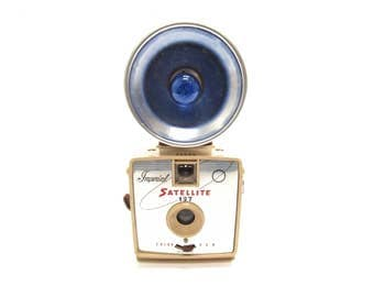 1960s Vintage Imperial Satellite 127 Flash Camera - Cream - Retro Camera