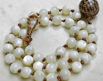Hand Knotted Necklace, Mother of Pearl Necklace, Boho Bride, Knotted Bead Necklace, Silk Thread, Bohemian Bridal Necklace, Boho Wedding