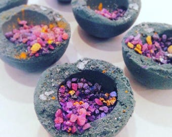 GEODE BATH BOMBS - Individual Bath Fizzies that look just like Geodes and smell like Grape Soda! Vegan, Sparkly, Floating, Pretty