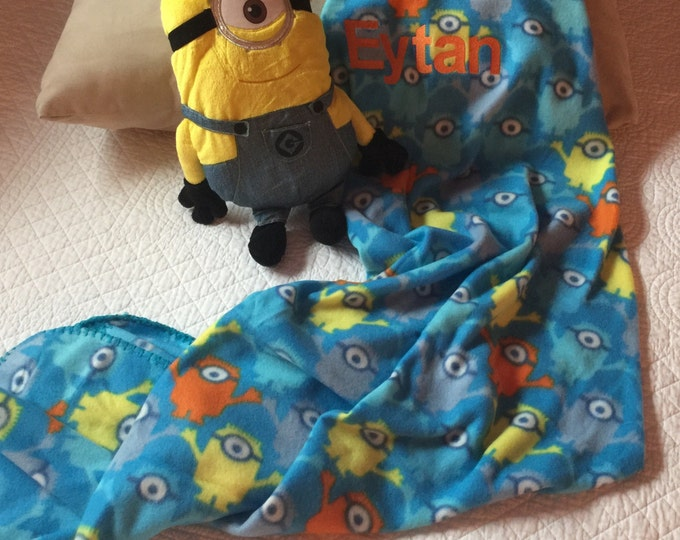 Minion Despicable Me Hugger Pillow & Throw Set - Personalized