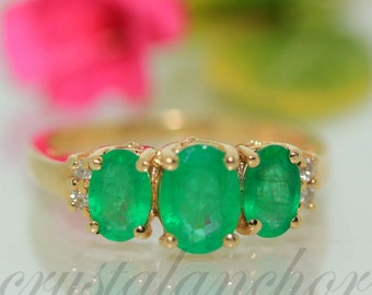 Estate 14k Yellow gold Natural Colombian Emerald & Diamond Cluster ring band 1.4