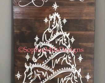 Christmas • Horse • Horse Lover • Barn • Farmhouse • Merry Christmas • Horse Christmas Tree * Christmas Horse Christmas Tree • Shabby Chic