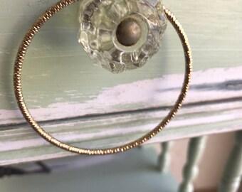 Vintage Bangle, Gold Bangle, Vintage Bracelets, Gold Bracelets, Gold Metal Bangle, Metal Bangles, Gold Bangles, Diamond Cut Bangle, Bangle