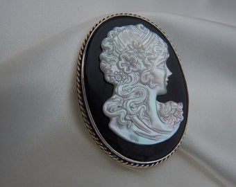 Victorian mother of pearl on onyx cameo