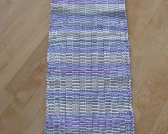Hand-woven runner in lavender and cream colors
