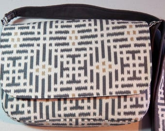 Gray & White Chemo Pump Bag/Purse with Navy Print Lining