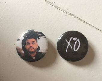 The Weeknd XO Pinback Button Set of 2 (31mm)