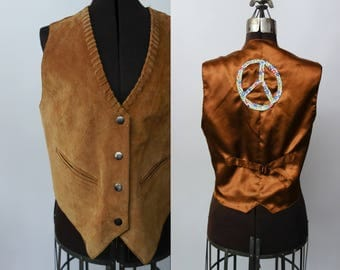 1970s brown suede vest with handmade peace sign patch sewn on the back unisex S-L festival desert boho OOAK sleeveless leather top seventies