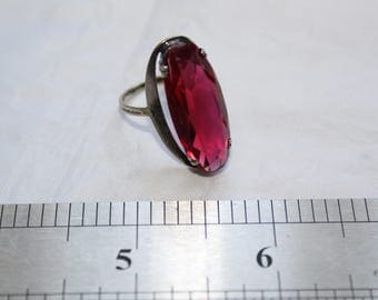 Vintage Russian USSR Soviet Era Ruby Corundum Sterling Silver 875 Ring in Perfect Condition