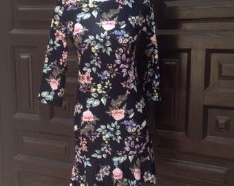 Black print dress flowers