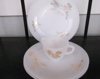 Vintage 4 Pieces of Milk Glass by Federal Glass ,3 Plates and Creamer Gold Flowers