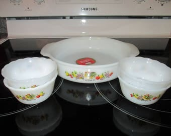 Vintage Unused Anchor Hocking Fire King Rooster Set, Casserole Dish, 4 Small Bowls, Milk Glass, Chanticleer, country, 1960's