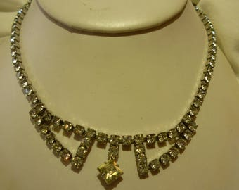 F74 Vintage Silver Tone with Clear Rhinestones Necklace.