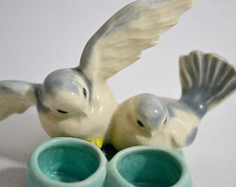 Vintage 1951 B. Standish Ceramics Dana Point CA Two Birds Salt Pepper Cellar Pot
