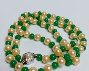 Vintage Perlex pearl beads necklace