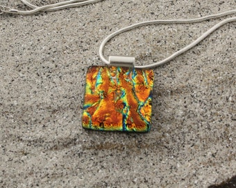 Statement necklace in gold dichroic glass | Art you can wear! 250