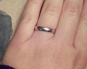 10k white gold wedding band / solid 10kt gold size 4 wedding band stacking pinkie ring / comfort fit