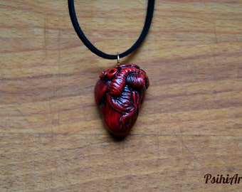Anatomical heart necklace Heart necklace Halloween necklace Morbid jewelry Bloody heart Heart pendant Polymer clay pendant Halloween jewelry