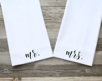 Mr./Mrs. Pillowcases, Wedding Pillowcases, White, Standard Size, Cotton Pillowcases, 300 Thread Count (Black Modern Calligraphy Script Font)