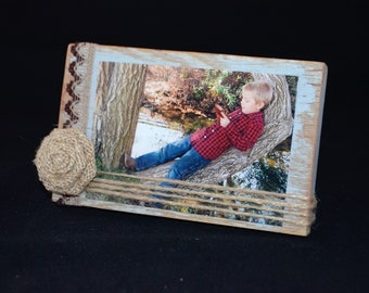 Rustic Wood Frame, 4x6 photo holder, Distressed Blue frame with Jute twine, ready to ship, 9.00