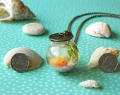 Miniature fishbowl necklace / Polymer clay