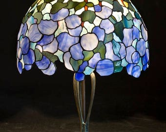 Snowball, Hydrangea Flowers, Hydrangea Centerpiece, Stained Glass Lamp, Table Lamp, Home Decor, Bedside Lamp, Lampshade, Bedside Lamp