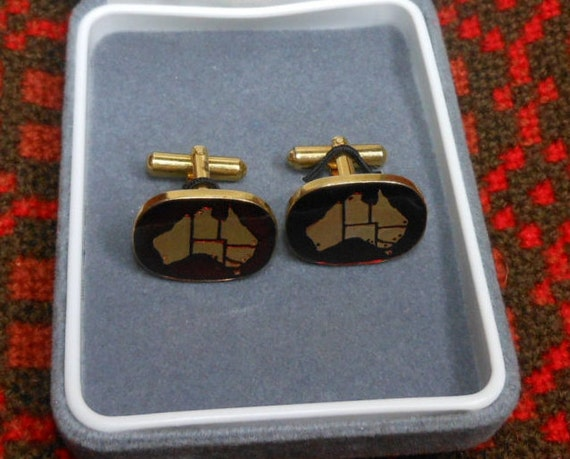 AUSTRALIAN VINTAGE CUFF Links - Wallace Bishop - Enamel look - Red and Gold tone - Suit accessories - gifts for men