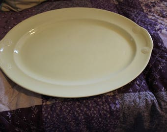 Lu-Ray and Taylor Pastel Yellow Platter