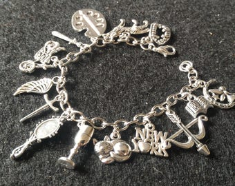 Shadowhunters Charms Bracelet; The Mortal Instruments Bracelet; City of Bones; Clary Fairchild; Jace Herondale; Fantasy; Gift For Her