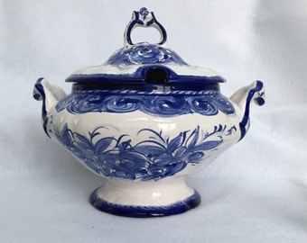 Vintage Vestal Alcobaca Soup Tureen w/ Lid in Blue White Hand Painted Pottery with Roses, made in Portugal and Ladle No. 419