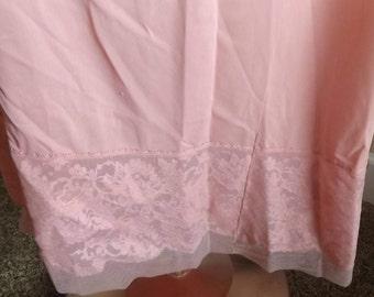 SALE Womens Vintage Vanity Fair Pink Half Slip 7