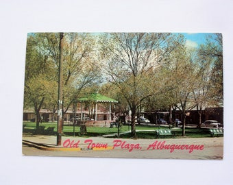Albuquerque Postcard / New Mexico Postcard  / Town Plaza Albuquerque / old Cars Postcard